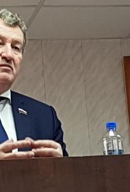 Депутат Госдумы выступил за равноправие сельских медиков