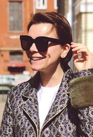 Почему молодая жена Петросяна стала носить просторную одежду. Татьяна Брухунова беременна?