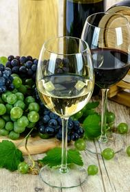 В Роскачестве рассказали, можно ли найти хорошее вино в картонной коробке