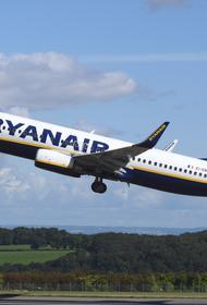 Почему во время рейса лоукостера Ryanair пассажиры теряли сознание