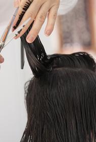 Предполагаемая супруга Петросяна сменила цвет волос и резко похорошела