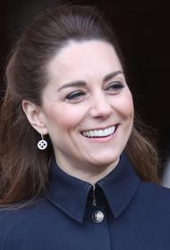 Герцогиня Кейт появилась на публике в одежде, которую носила в студенчестве