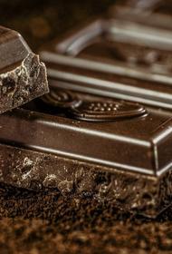 Диетологи перечислили обязательных для употребления пять очень калорийных продуктов