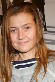 Актриса Мария Голубкина показала свои морщины и заявила, что намерена стареть естественно