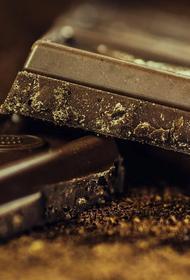 В Мичуринске задержали мужчину, который пытался вынести шоколад из магазина