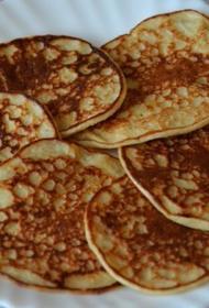 Рецепт пышных оладьев на кефире