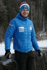 Матвей Елисеев стал победителем спринтерской гонки на чемпионате Европы по биатлону
