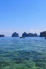 Двух туристок из России на надувных кругах унесло в море на Пхукете