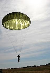 Путин признался, что летает в самолете без парашюта