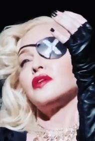 Мадонна отменила парижские выступления из-за коронавируса