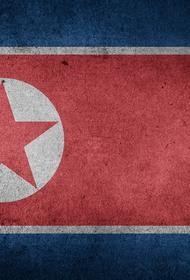 Северная Корея запустила три ракеты в сторону Японского моря