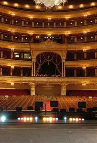 Спектакль Большого театра задержали из-за коронавируса. У приглашенной солистки заподозрили болезнь