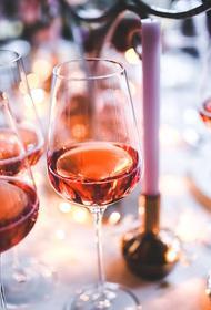 В Смоленске изъяли более 60 тысяч бутылок контрафактного алкоголя