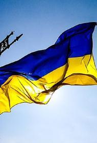 В Киеве к посольству России движется колонна радикалов и националистов
