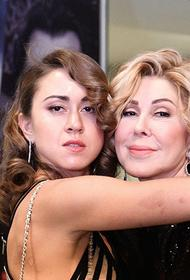 Дочь Успенской сделала новое заявление о конфликте с матерью
