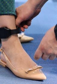 Аксенов предлагает крымчанам, находящимся  на карантине, надеть индивидуальные  браслеты контроля