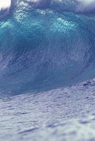 На Курилах после землетрясения объявили об угрозе цунами