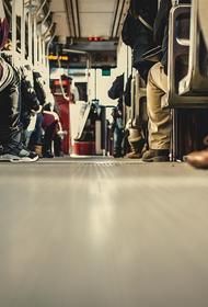 Пассажиропоток в подмосковных автобусах снизился вдвое