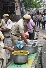Индия: в результате  карантина люди умрут не от вируса, а от голода