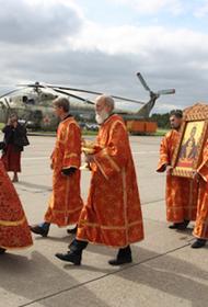 Над Крымом летал  вертолет с мощами святителя Луки, останками святителя Гурия и святителя Николая