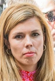 Беременная невеста британского премьера заподозрила у себя коронавирус
