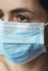 Хирург научил, как правильно надевать медицинскую маску и перчатки