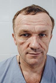 Журналист Антон Красовский: «Мы все должны подумать, чем можем сейчас помочь врачам»