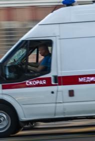 В Депздраве Москвы назвали причину смерти женщины у подъезда