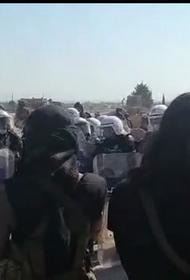 В Идлибе начались столкновения сирийской оппозиции с турецкой полицией