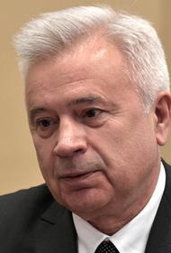 Алекперов призвал не ждать снижения цен  на бензин в России