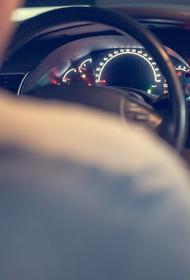 В Твери пьяный водитель сбил двух несовершеннолетних девушек