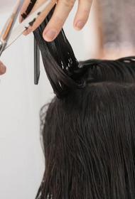 На Кубани коронавирусом заболела парикмахер, работавшая во время карантина