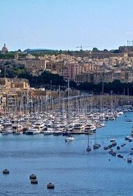 Власти Мальты начинают снимать ограничения, введенные из-за COVID-19