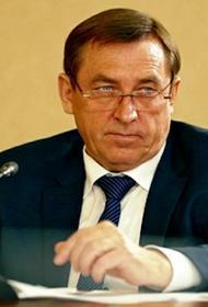Что постоянно крутит в руках председатель правительства Крыма
