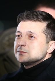 Владимир Зеленский возложил цветы к Вечному огню в Киеве