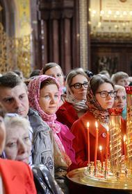 «На Бога надейся, но и сам...», в Краснодарском крае священник заразил коронавирусом 30 с лишним прихожан. Он проводил службы