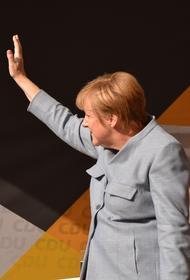 «Поверьте, она идеальна»: Меркель набрала политические очки в период пандемии