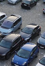 Во Франции теперь церковные службы проходят на автомобилях