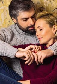 Одной «счастливой» парой в российском шоу-бизнесе стало меньше - певица Полина Гагарина ушла от мужа