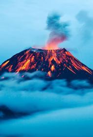 Эйяфьядлаёкудль отдыхает: ученые предупреждают о глобальных извержениях вулканов