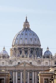 Для верующих открыли главный храм католического мира – собор Святого Петра в Ватикане
