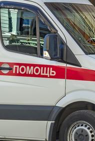Автокран упал на газовую трубу в Ставрополе, пострадал человек