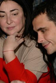 Бывший муж Лолиты подтвердил, что находится сейчас в больнице