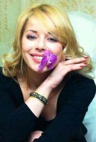 Актриса Зоя Бербер поделилась, какая она строгая мама
