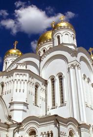 В Подмосковье верующим разрешили посещать храмы