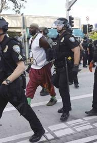 Спортсмены поддерживают организаторов беспорядков в США