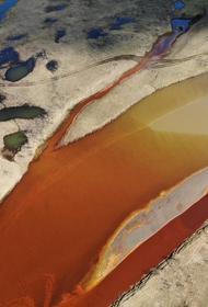 В Норильске после аварии на ТЭЦ в реку попало более 20 тысяч тонн дизельного топлива. Оно могло достичь ледникового озера Пясино