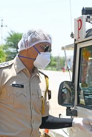 Погребенный заживо мужчина смог самостоятельно выбраться из могилы в Индии