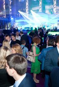 Закрытые вечеринки, эскорт, дорогущие знаменитости или как развлекались на международном экономическом форуме в Петербурге