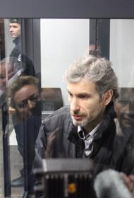 Из зала суда: литовского антифашиста обвинят в шпионаже
